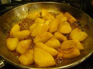Caramelizing Apples